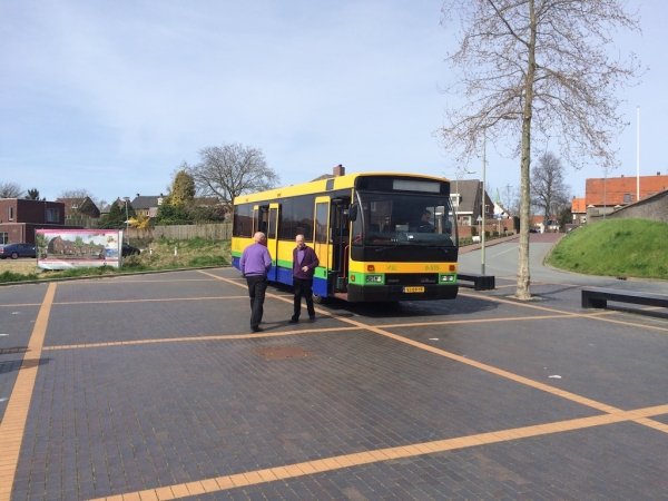 Met de bus naar Heel